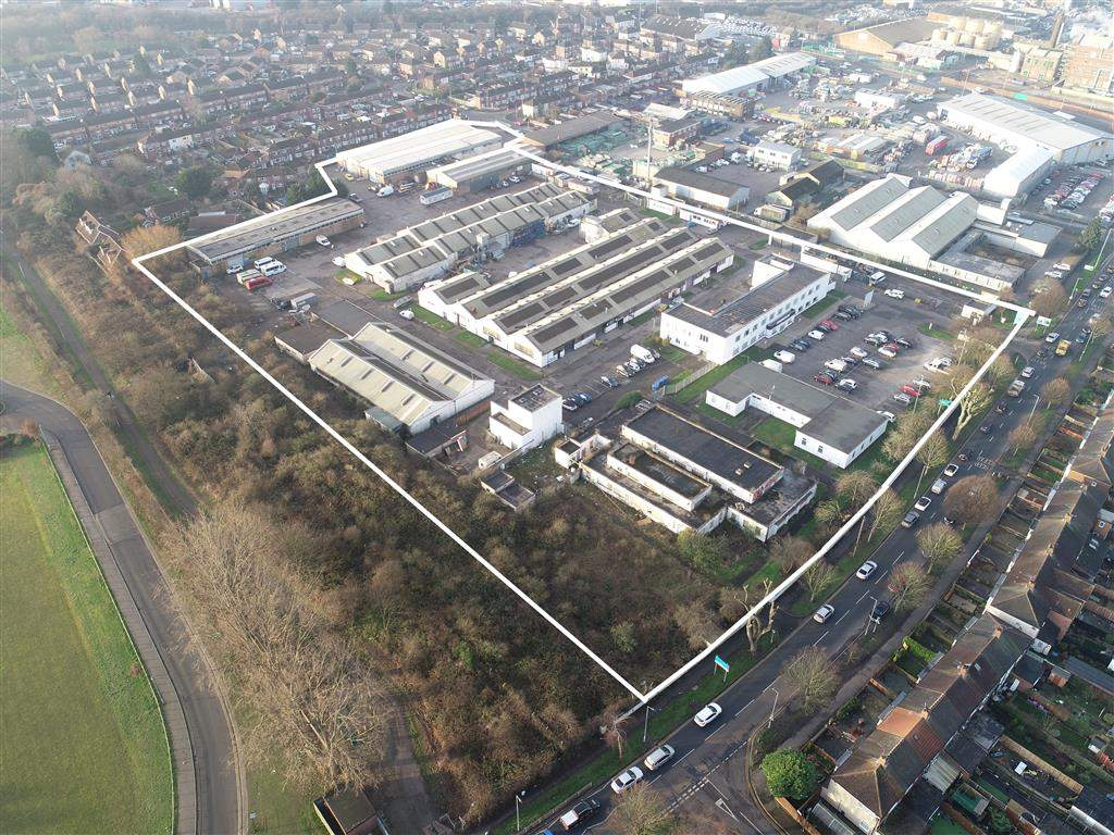 Bright future for huge East Hull business park as Allenby Commercial seal multi-million-pound deal